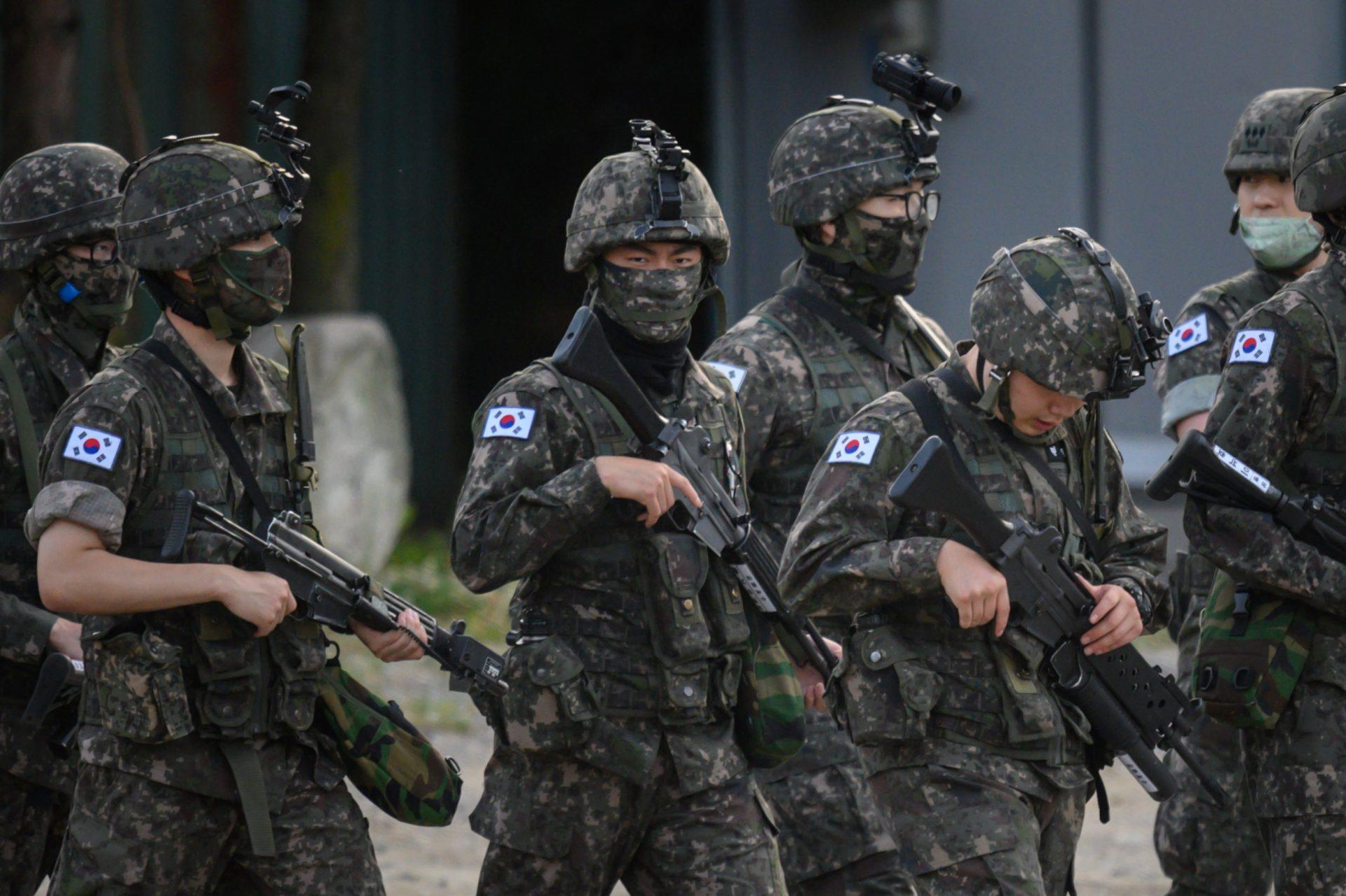 Lee más sobre el artículo Cuando los Idols pausan sus carreras por el Servicio Militar