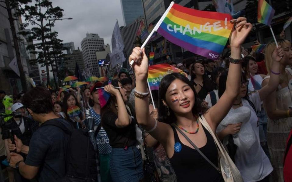 Lee más sobre el artículo ¿Cómo es ser de la comunidad LGBTQ+ en Corea del Sur?