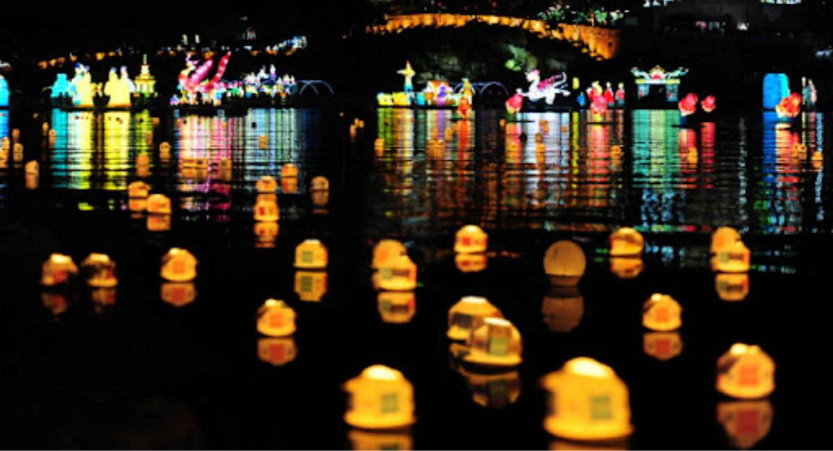 Lee más sobre el artículo Conoce el Festival de Faroles del río Namgang en Jinju